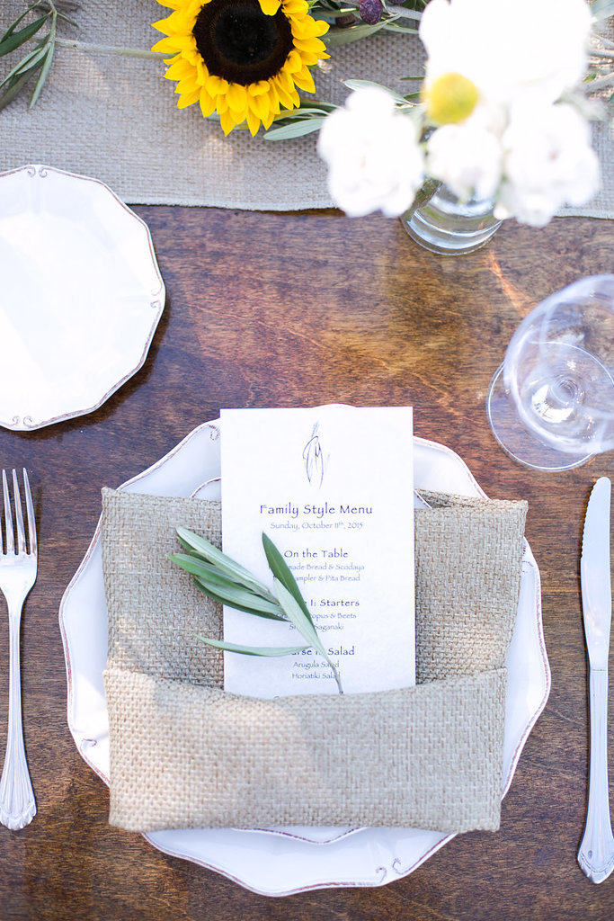 Two essential elements rustic reception greenery burlap 190a8