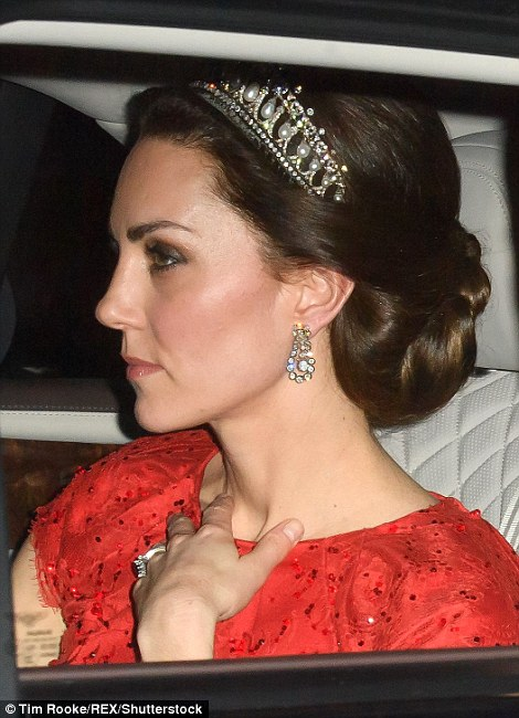 3B3104B500000578 4014574 It is only the fifth time that Kate has been seen wearing a tiar a 6 1481236173691