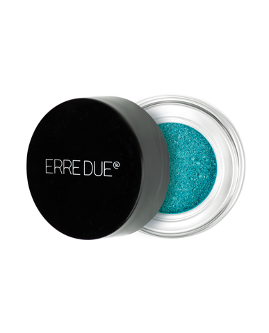holographic loose eye shadow 001 900x1115